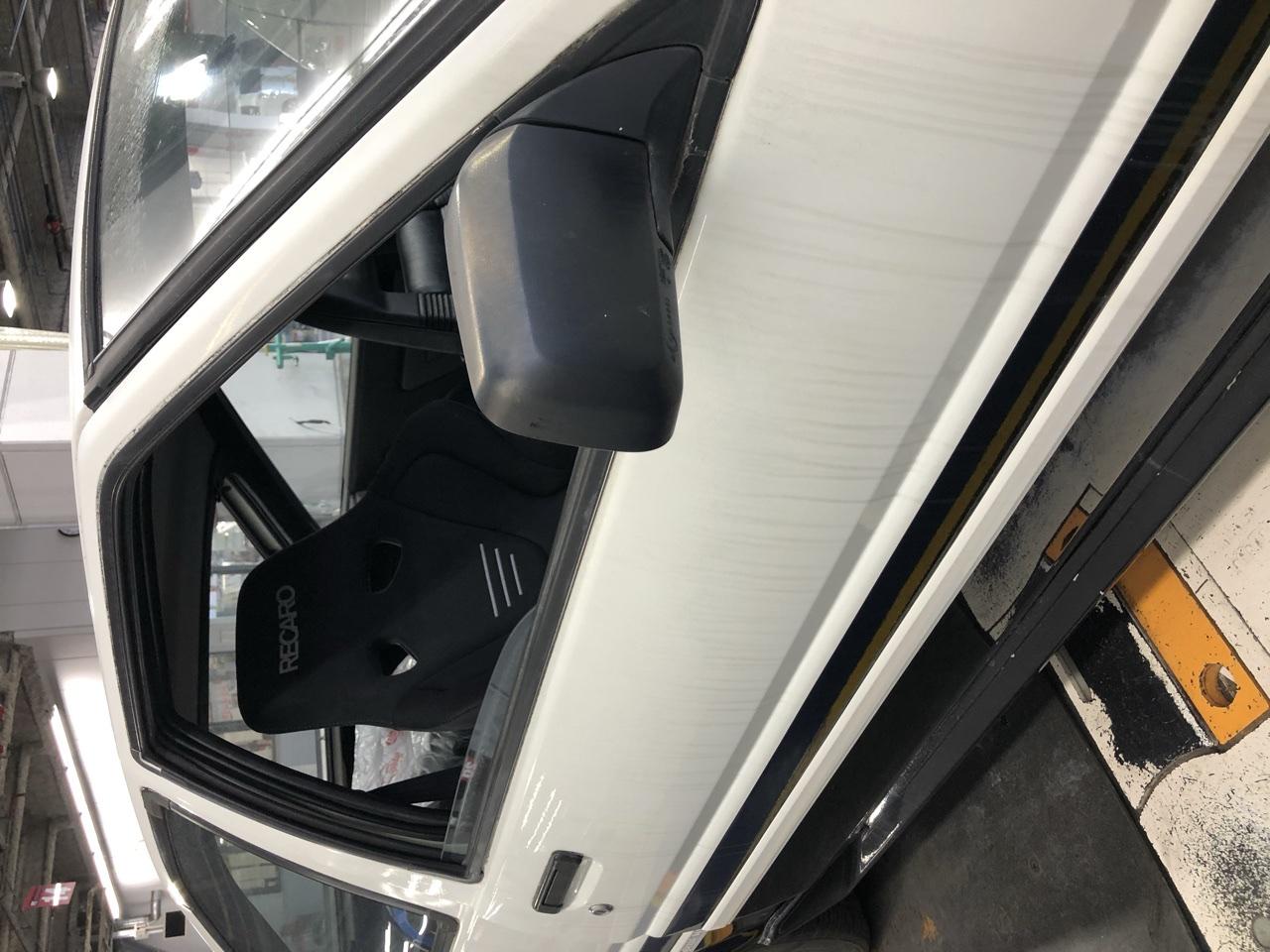 AE86にレカロシートを取り付けました。